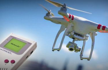 È possibile guidare un drone con un Game Boy!