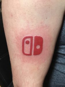 Tatuaggio logo Nintendo Switch