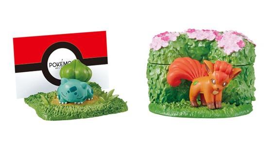 Tanti simpatici prodotti e la statuina di rosso e pikachu for Decorazioni da scrivania