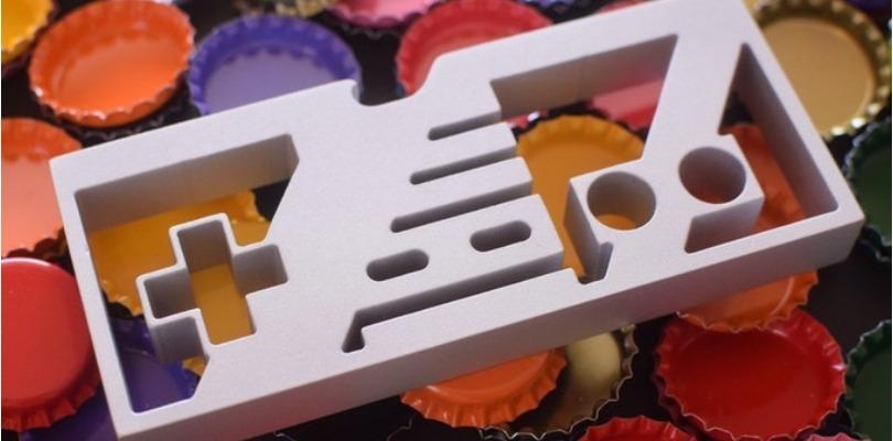 L'apribottiglie ispirato al NES è ora in crowdfunding