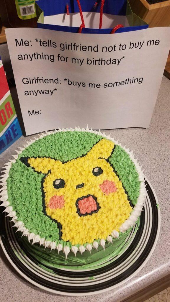 torta meme di pikachu