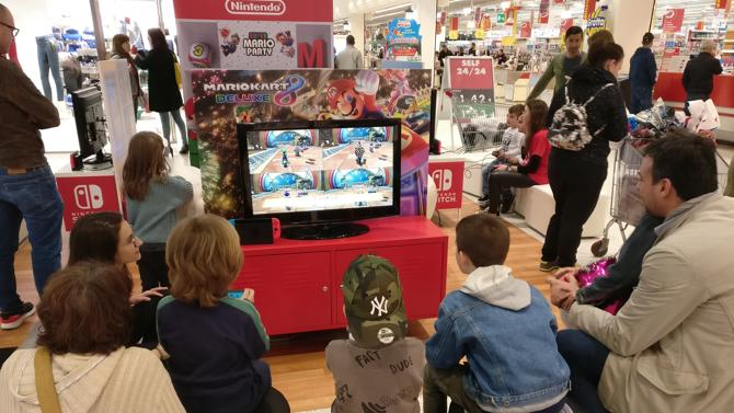 Nintendo Switch arriva nei supermercati italiani