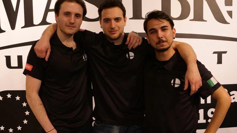 I Cacciatori di Premi (G-danzee, Sim-max e Fake), vincitori dell'edizione italiana 2019 di Super Smash Bros. Ultimate European Team Cup