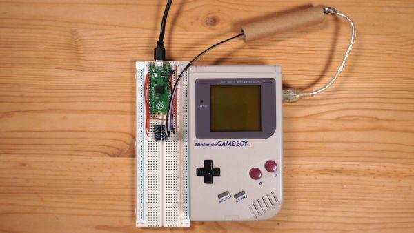 Game Boy collegato al Raspberry Pi Pico